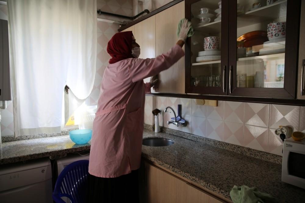 Haliliye'de bakıma muhtaç ailelere hizmet veriliyor