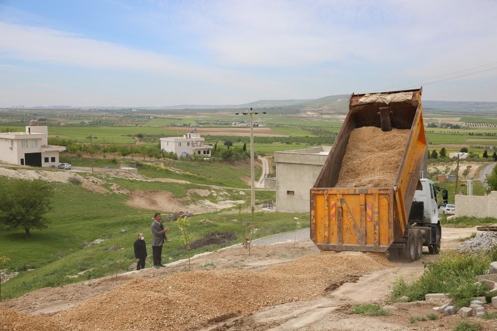 Karaköprü kırsalı çamurdan arındırılıyor