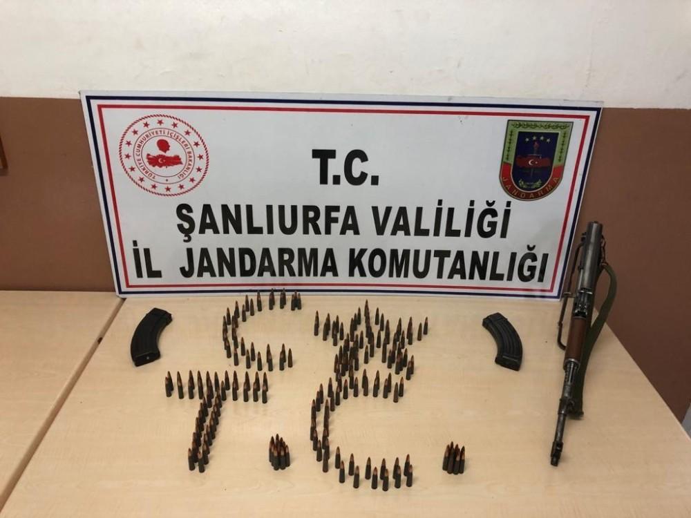 Şanlıurfa'da kaçakçılara operasyon: 24 gözaltı