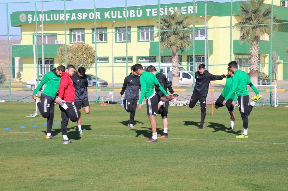 Şanlıurfasporlu futbolcular performans testinden geçti