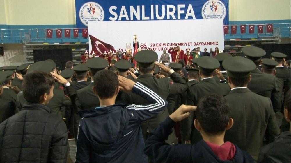 Cumhuriyet Bayramı Şanlıurfa'da coşkuyla kutlandı