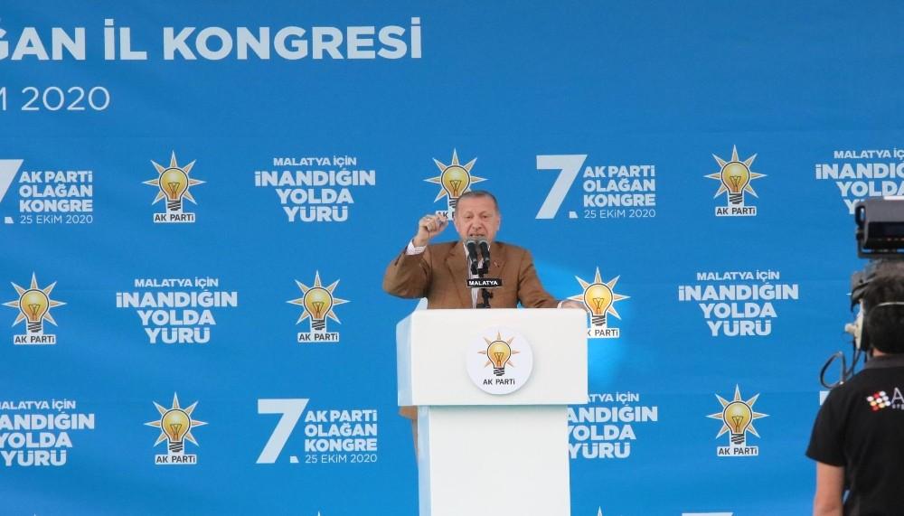 Cumhurbaşkanı Erdoğan'dan Macron ve Wilders'e sert tepki