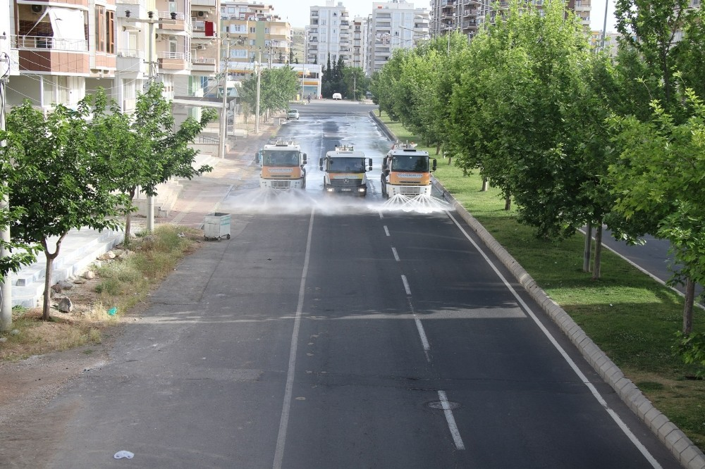 Haliliye'de bayramda da salgınla mücadele devam ediyor