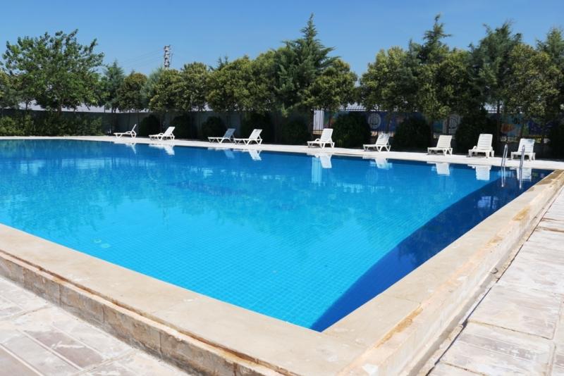 Akçakale Belediyesi Yüzme Havuzunda Hazırlıklar Tamamlandı
