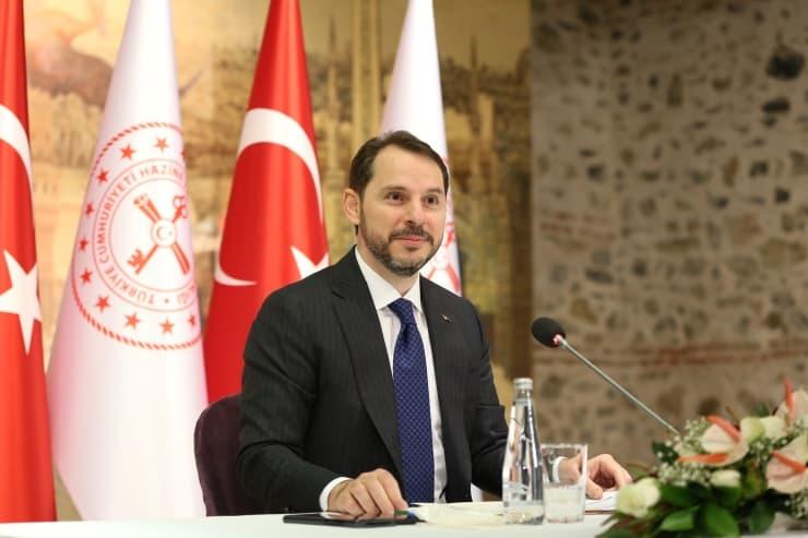 Albayrak: Şimdi Türk Lirası çok daha rekabetçi