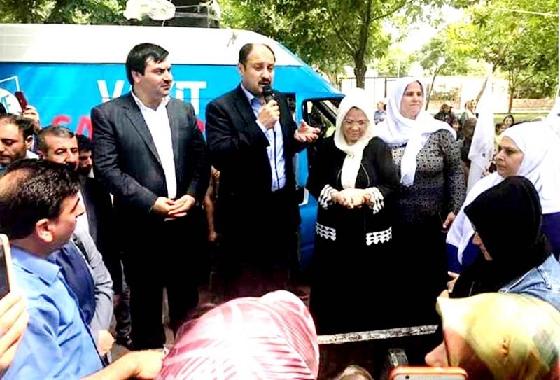 Anne Bucak'tan Gülpınar'a miting