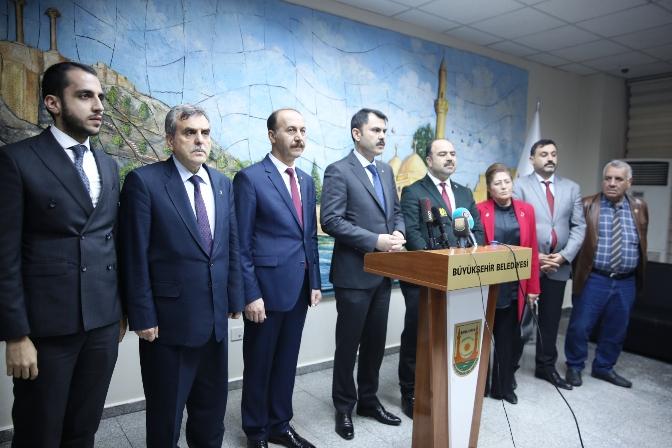 Bakan Kurum Büyükşehir Belediyesin'de