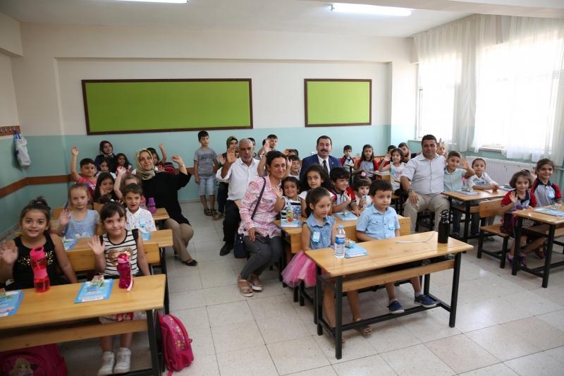 Başkan Baydilli Minik öğrencilerle Buluştu