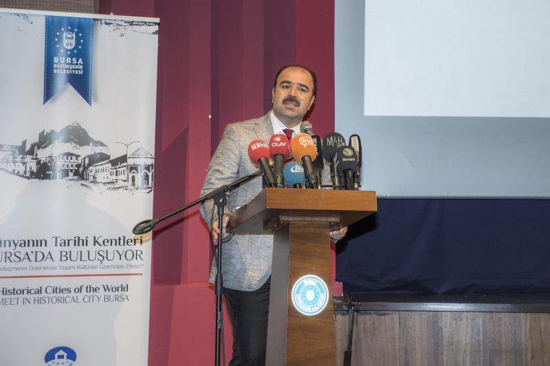 Başkan Çiftçi Dünya Tarihi Kentler Birliği 2018 Konferansın'da Şanlıurfa'yı Tanıttı