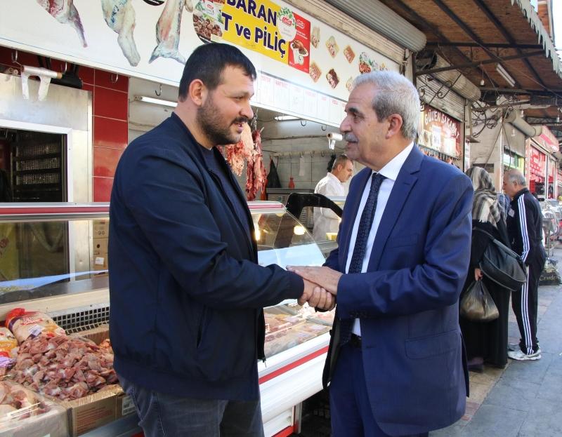 Başkan Demirkol Çarşılar Bölgesinde Halkla Bir Araya Geldi