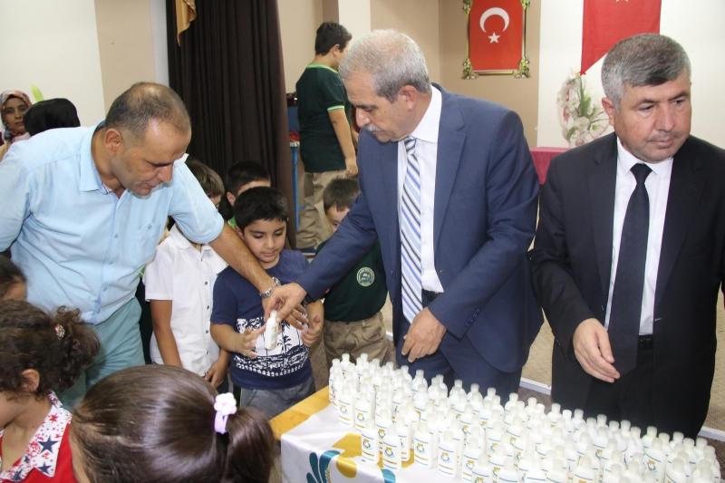 Başkan Demirkol Minik öğrencilere Temizlik Alışkanlığı Kazandırıyor