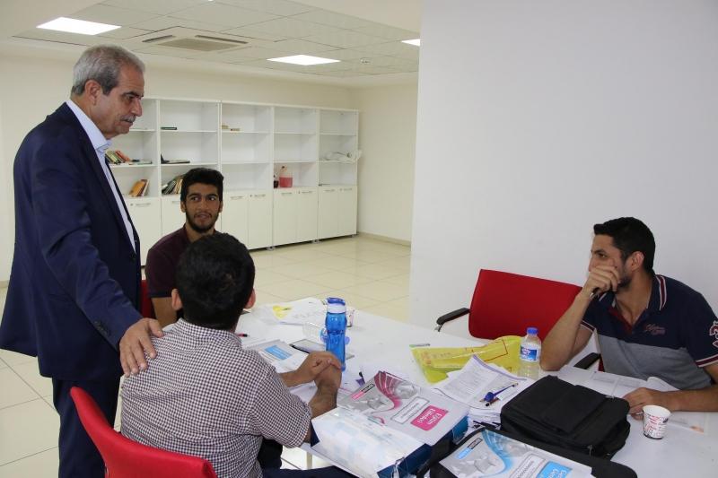 Başkan Demirkol Sınavlara Hazırlanan Gençleri Ziyaret Etti