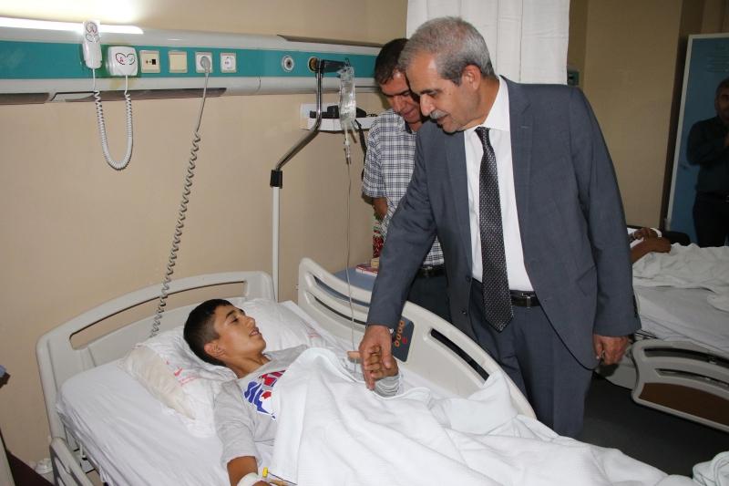 Başkan Demirkol'dan Hastalara Moral Ziyareti