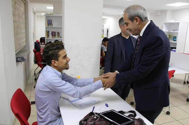 Başkan Demirkol'dan KPSS Adaylarına Moral Ziyareti