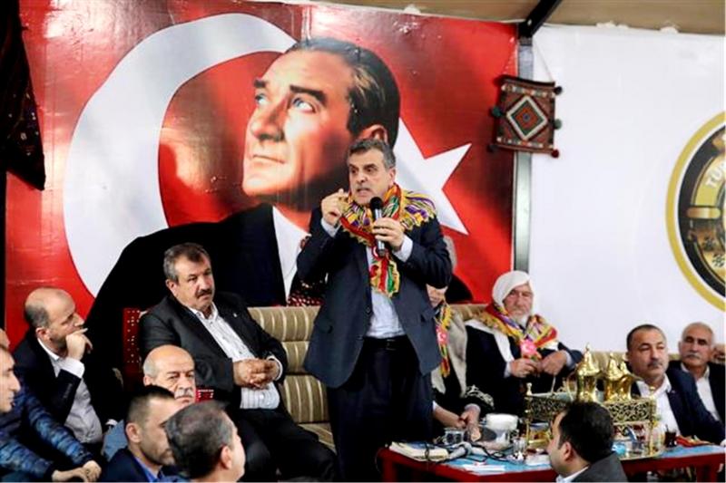 """Beyazgül ve Milletvekili Külünk Türkmen Otağında; """"Her soruna çözüm bulunabilir"""""""