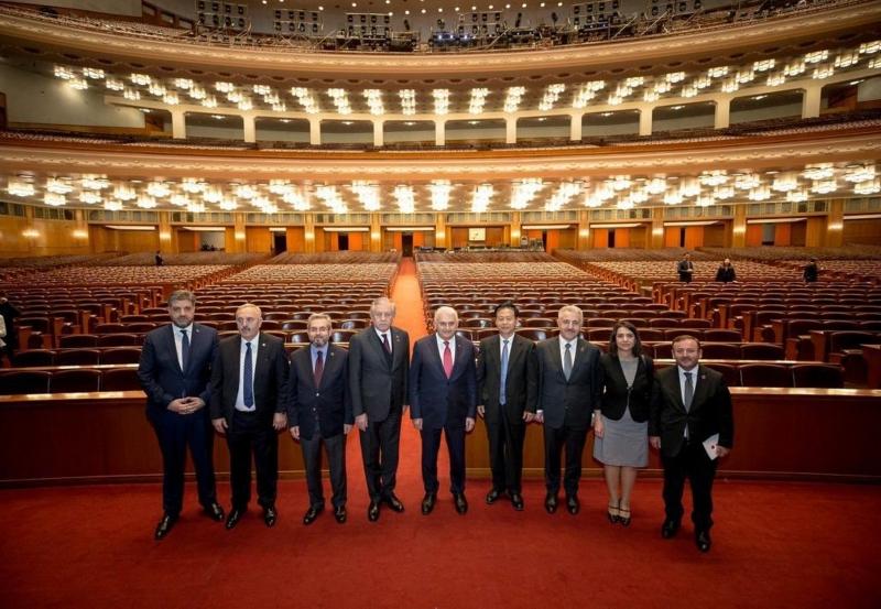 Büyükelçi Önen Meclis Başkanı Yıldırım'ı yalnız bırakmadı