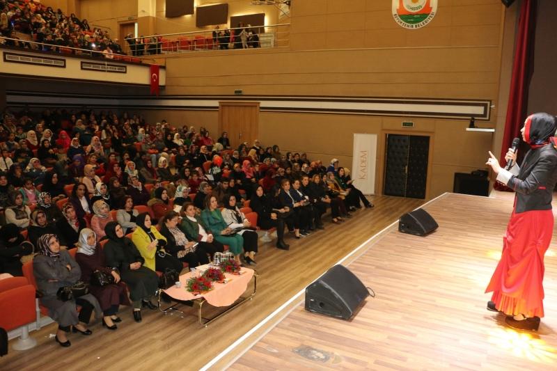 Büyükşehir'den Göbeklitepe'de Kadının Işığı Konferansı