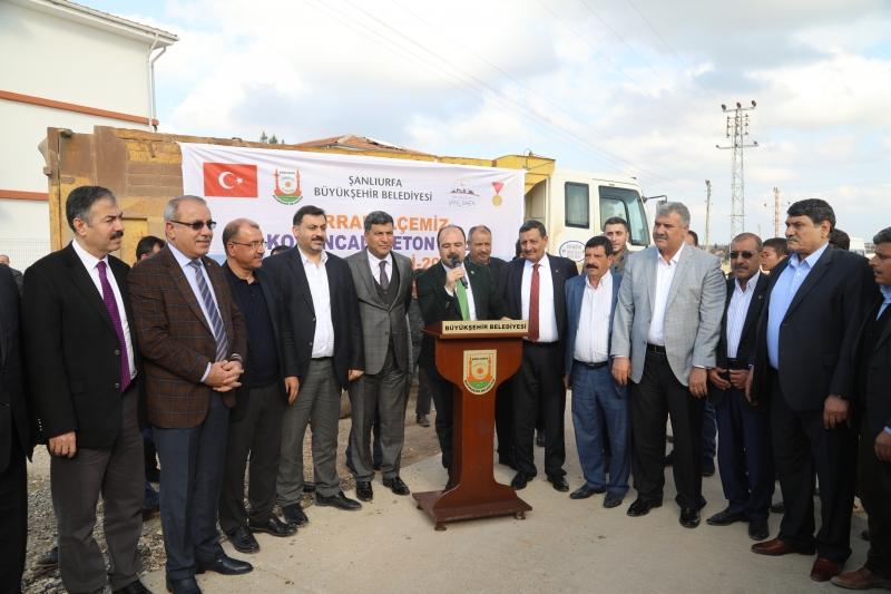 Büyükşehir'den Harran'da Beton Yol Atağı