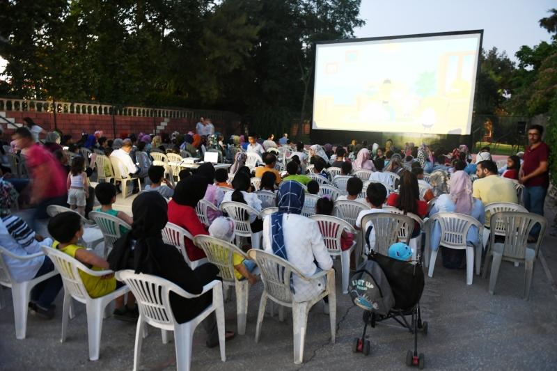 Büyükşehir'in Yaz Sinaması Etkinliği Yoğun İlgi Görüyor