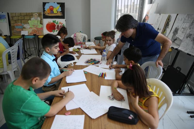 Çocuklar Haliliye Belediyesi İle Resim Yapmayı Öğreniyor