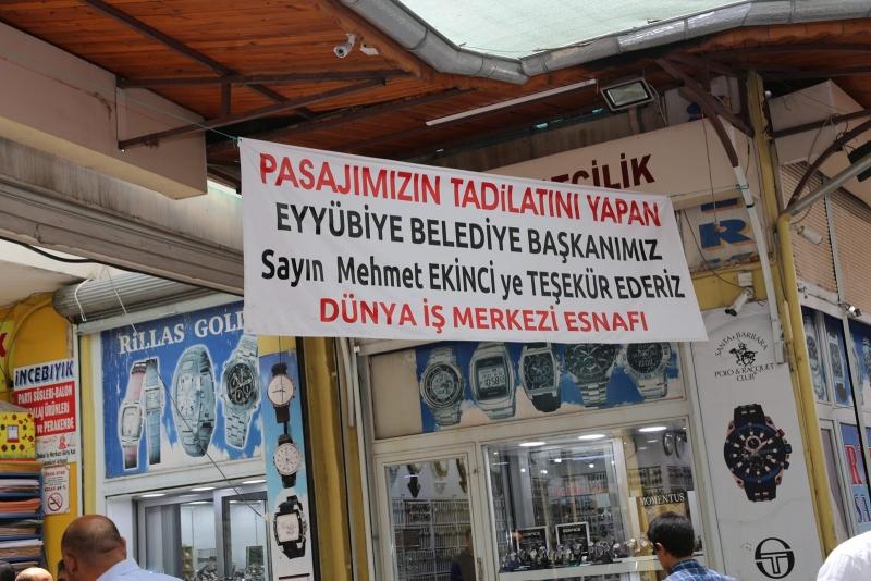 Eyyübiye Belediyesi Yanan İş Merkezinin Tadilatını Yaptı.