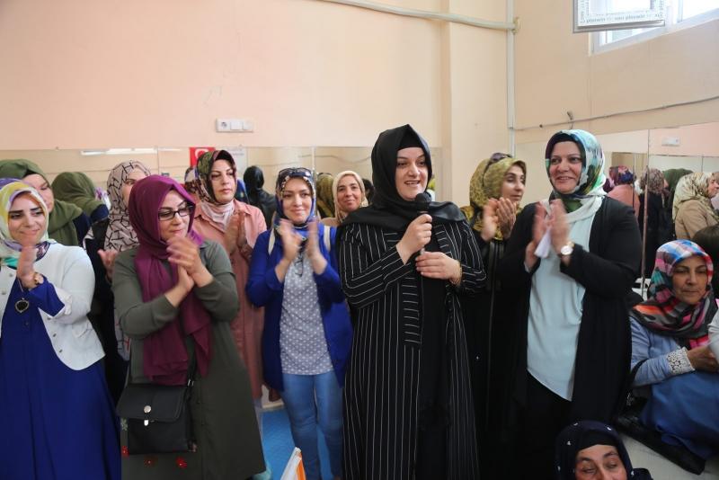 Eyyübiyeli Kadınlarda Tam Destek