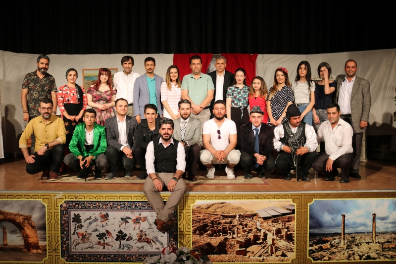 Eyyübiyeli Öğretmenlerin Tiyatro Gösterisi Tam Not Aldı