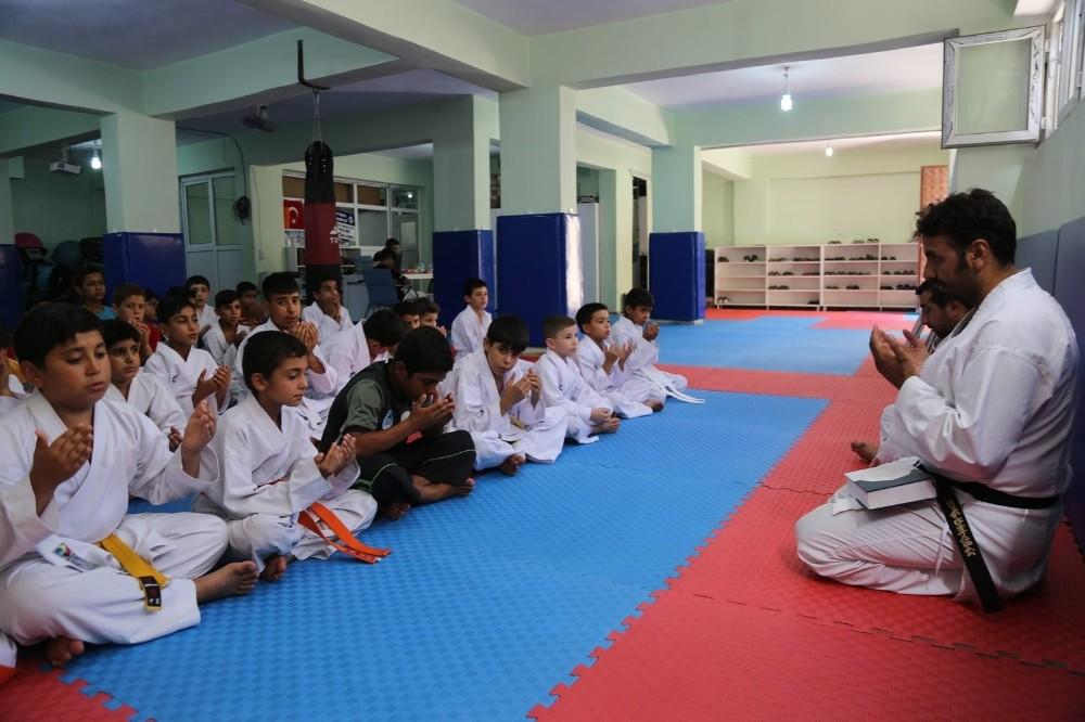 Eyyübiye Belediyesinden spora yatırım