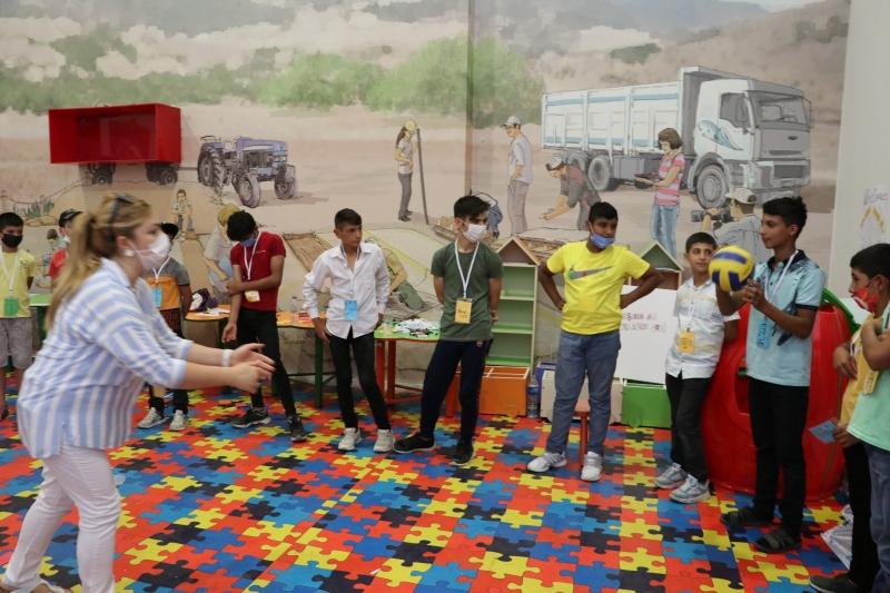 Geleceğimiz Sokakta Kaybolmasın Projesi Eğitici Aktivitelerle Devam Ediyor