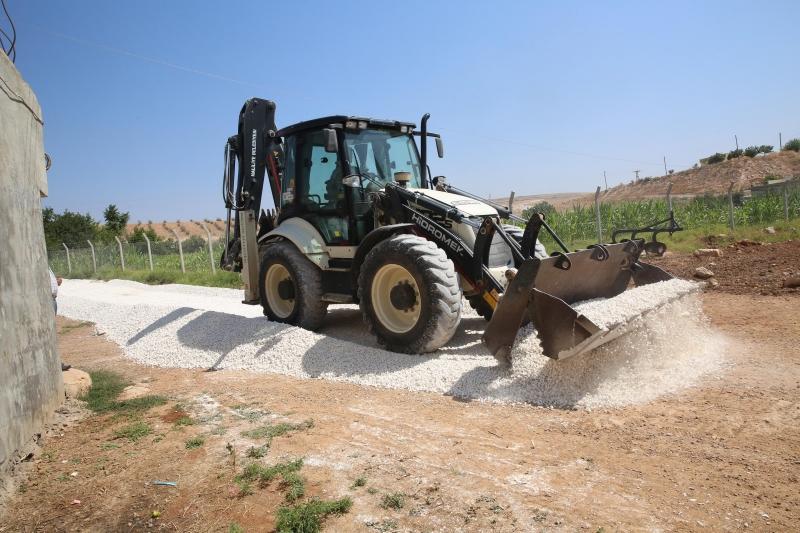 Haliliye Belediyesi Yol Yapım Çalışmalarıyla Kırsalın Çehresini Değiştiriyor