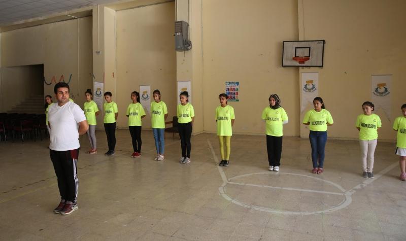 Haliliye Belediyesi Yaz Spor Okulları Gençlere Sporu Aşılıyor