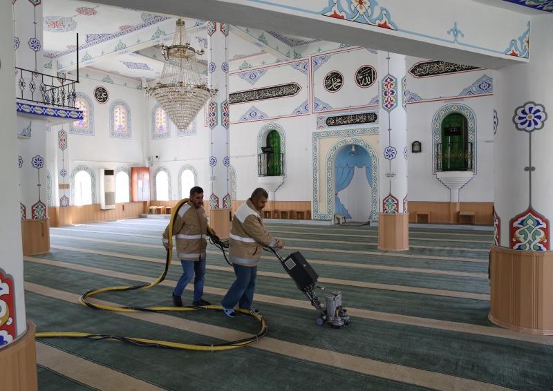 Haliliye  Belediyesi, İbadethaneleri Ramazan'a Hazırlıyor