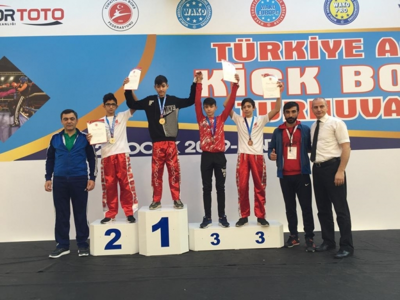 Haliliye Belediyespor Şampiyonluğa Doymuyor