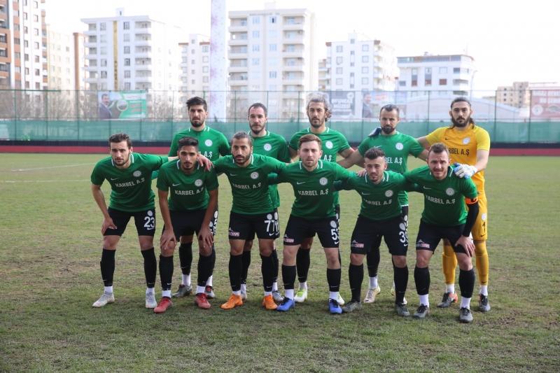 Karaköprü Belediyespor Korfez'i Rahat Geçti