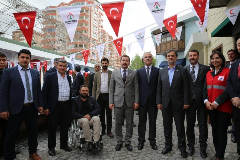 Karaköprü Sosyal Çarşısı Hizmete Açıldı