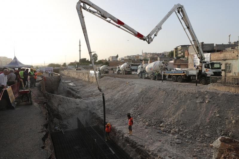 Karakoyun Köprülü Kavşağının Temeli Atıldı