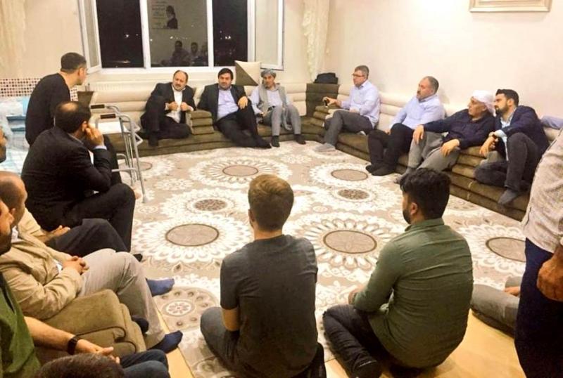 Mehmet Kasım Gülpınar ev toplantısında