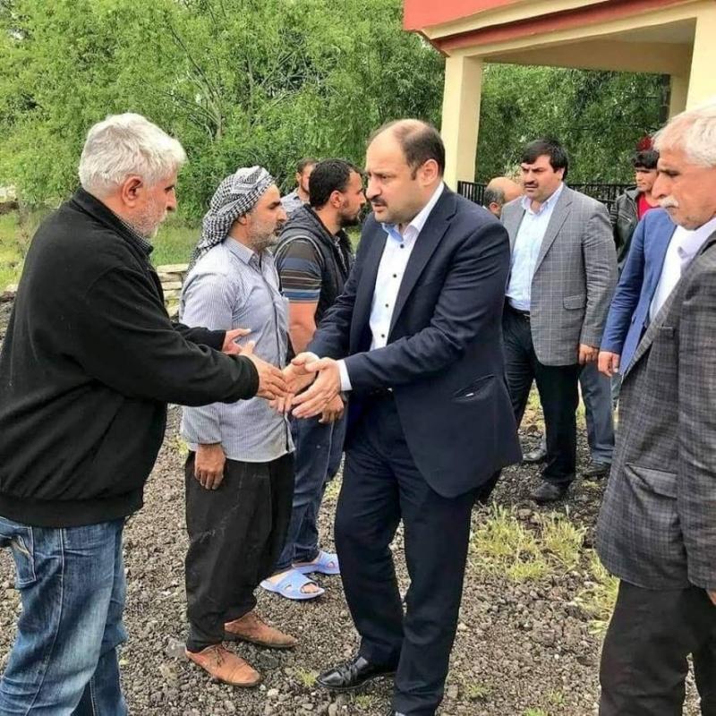 Mehmet Kasım Gülpınar Urfa'nın her yerinde destek arayışını sürdürüyor