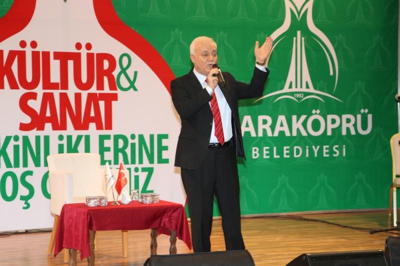 Nihat Hatipoğlu Karaköprü'de Gönüllere Dokundu