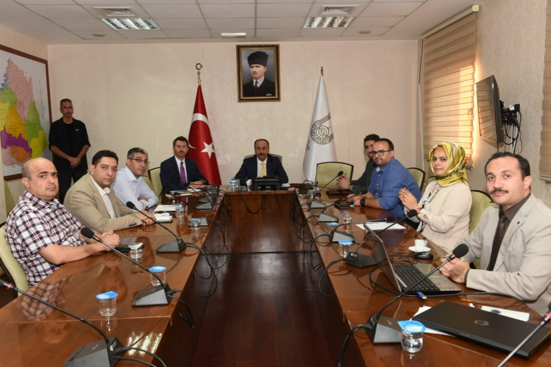 Sağlık alanında sunulan hizmetler ile ilgili il değerlendirme toplantısı gerçekleştirildi.