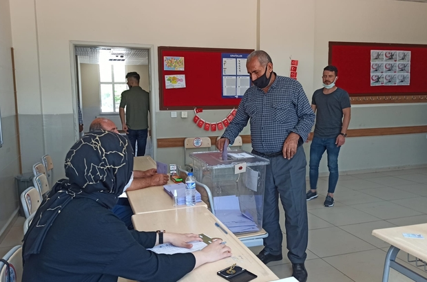 Şanlıurfa'da 38 mahalle muhtarını seçti