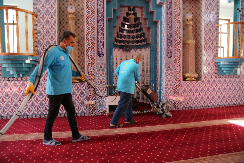 Şanlıurfa'da camiler Ramazan Bayramı'na hazır