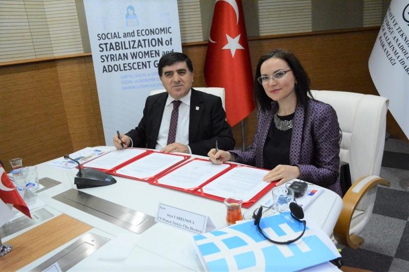Şanlıurfa'da yaşayan Suriyeli ve Türk kadın ve genç kızların yararlanacağı proje uygulanmaya başladı.