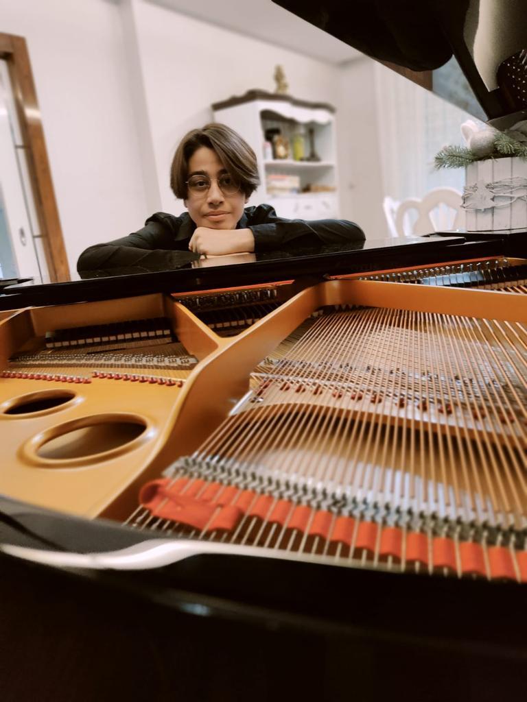 Şanlıurfa'lı Taylan Özgür Şakır'den  Piyanoda Uluslararası Başarı
