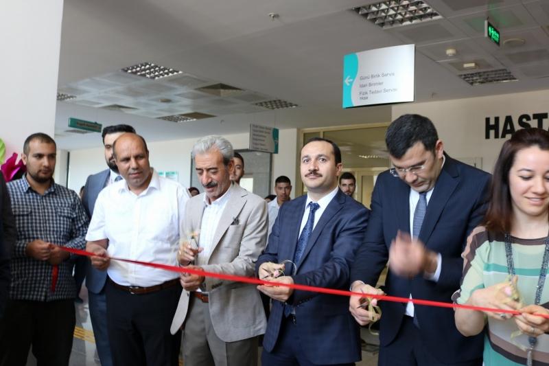 Siverek Devlet HastanesiToplum Ruh Sağlığı Merkezi hastalarının  üretmiş oldukları el sanatları sergi açılışı gerçekleştirildi.