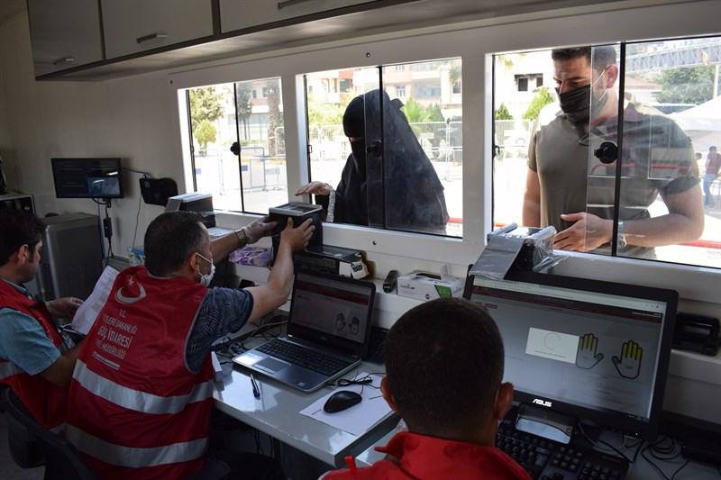 Suriyeliler, Bayram İçin Ülkelerine Geçmeye Başladı