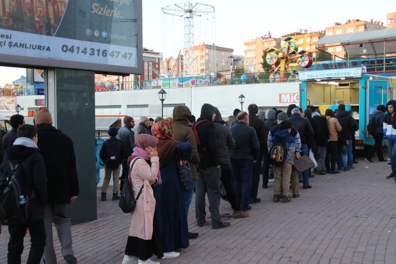 Vatandaşlar Haliliye'nin 'Gönül Çorbası'nı Sevdi