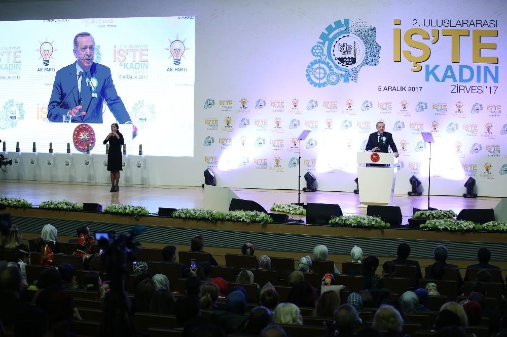 Erdoğan: Cenneti annelerin ayağının altına seren bir din kadını aşağılayabilir mi?
