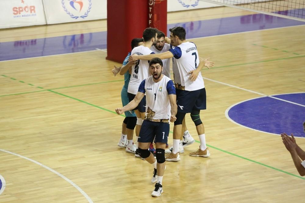 Haliliye Belediyespor galibiyet serisini 7'ye çıkardı