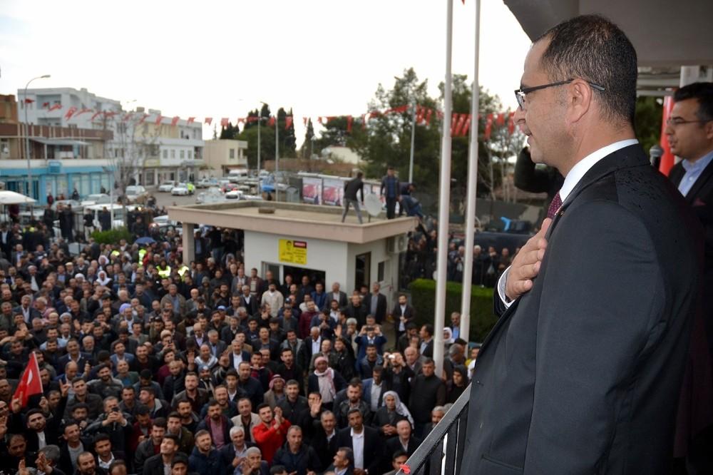 Ceylanpınar Belediye Başkanı Aksak mazbatasını aldı